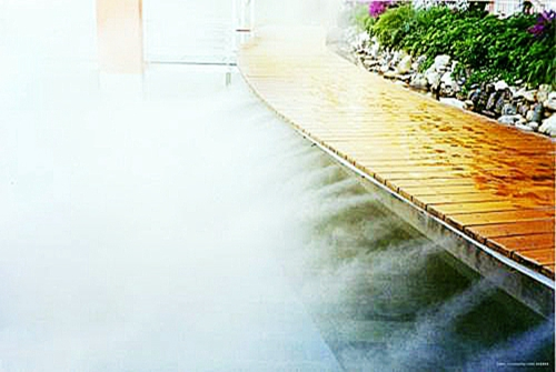 Professional fountain company introduces the working principle of cold fog fountain