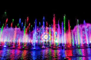 How to choose a fountain company