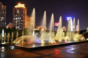 What should be paid attention to in the design of programmable fountain