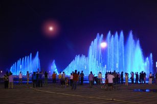 Fountain company introduces the working principle of Waterscape fountain to you