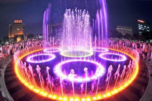 Several conditions for professional music fountain equipment manufacturers