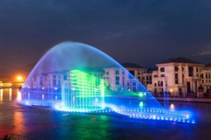 The choice of music fountain manufacturers is very important