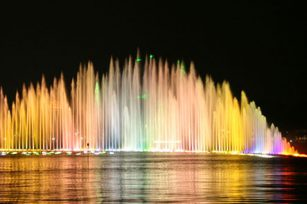 What are the elements of a good musical fountain